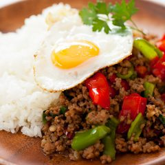 Phad Gaprao Gai Sap Rat Kao (fried ground pork and holy basil on top of rice with sunny-side up)